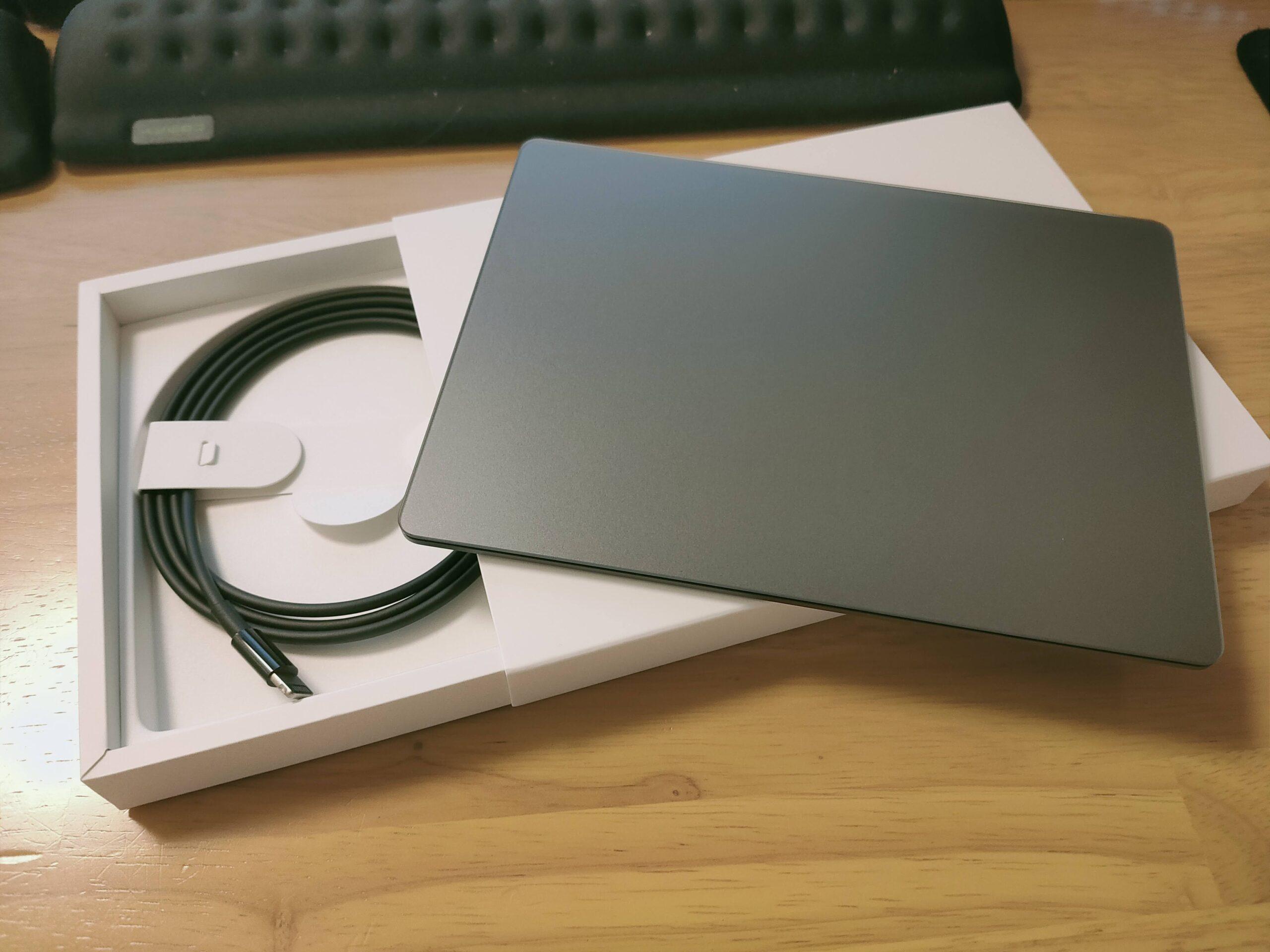 《Apple Magic TrackPad2》WIN10最強のトラックパッドとして使用できる!ピンチズームもOK、だが…